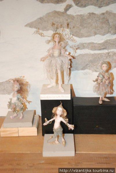 Экспозиция с первой выставки.