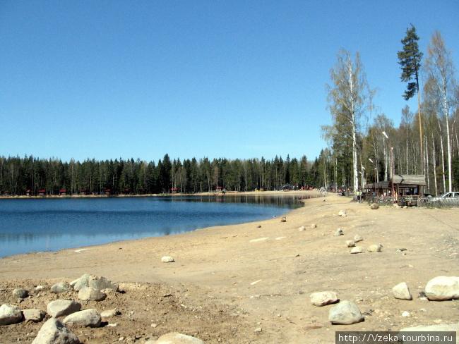 Хорошее озеро в пригороде