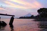 Закат на озере Никарагуа в Сан-Рамоне