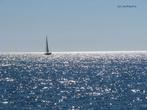 Яхта на горизонте во время круиза по бухтам из Ичмелера