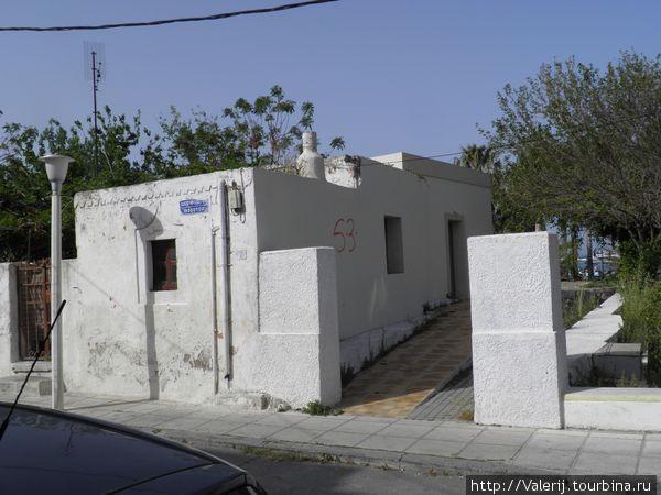 Вот так выглядит традиционное греческое жилище.