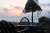 Рождение нового дня на берегу Карибского моря в Тулуме