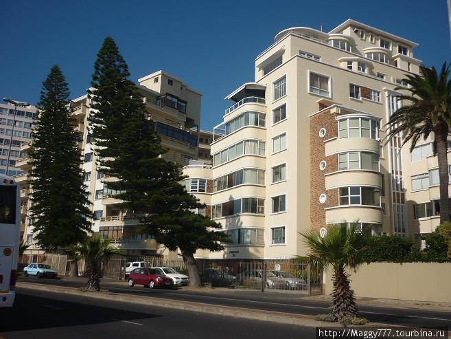 Sea Point, Capetown. Престижный район в центре, дома с видом на океан.