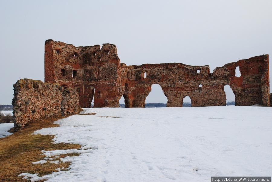 Вид на замок изнутри