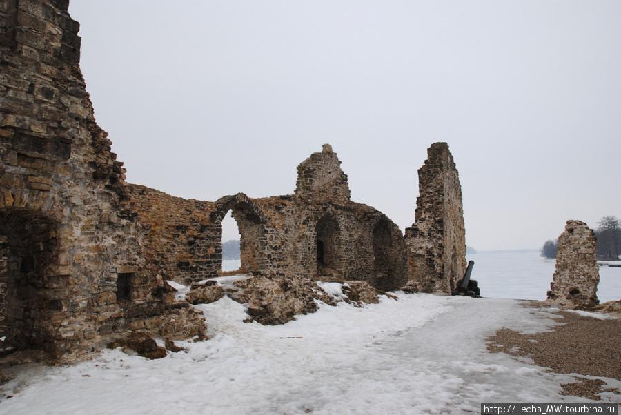 Развалины Кокнесского зам