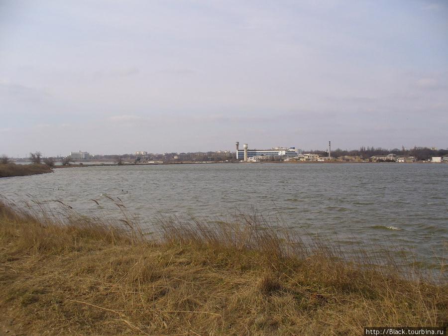Берег Буферного пруда