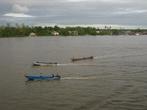 Множество моторных лодок