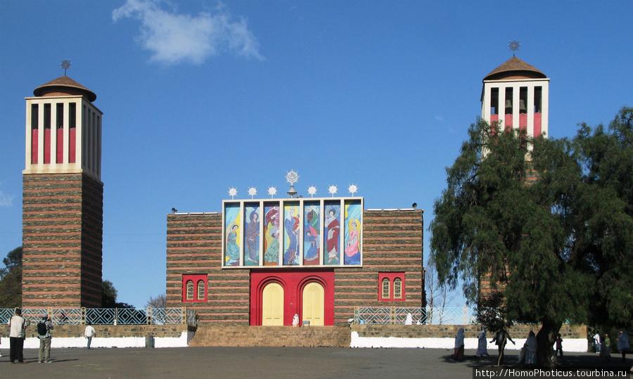 Асмэра, церковь Энда Мариам