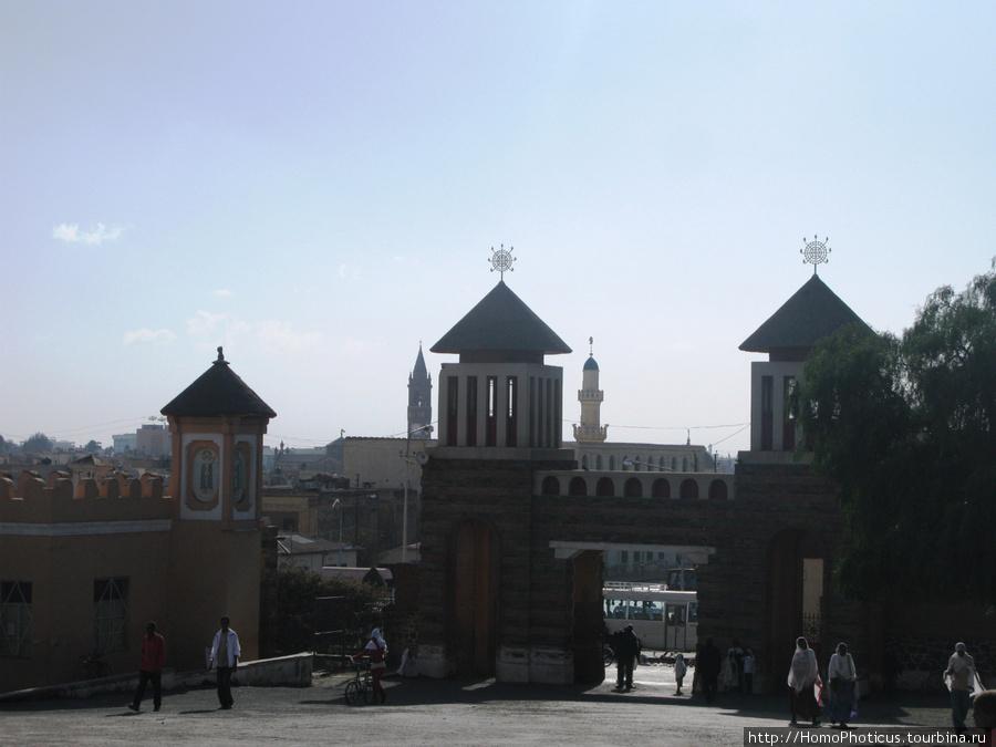 Асмэра, три религии