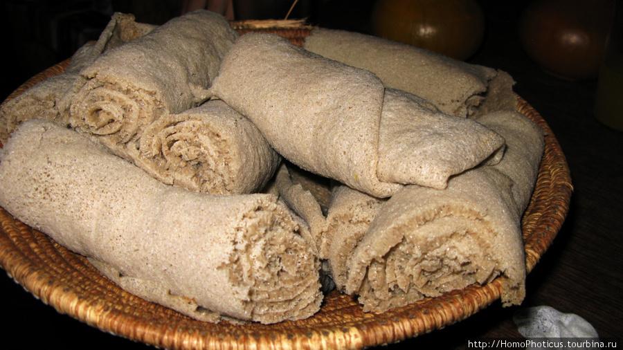 Асмэра, национальное блюдо, инжера