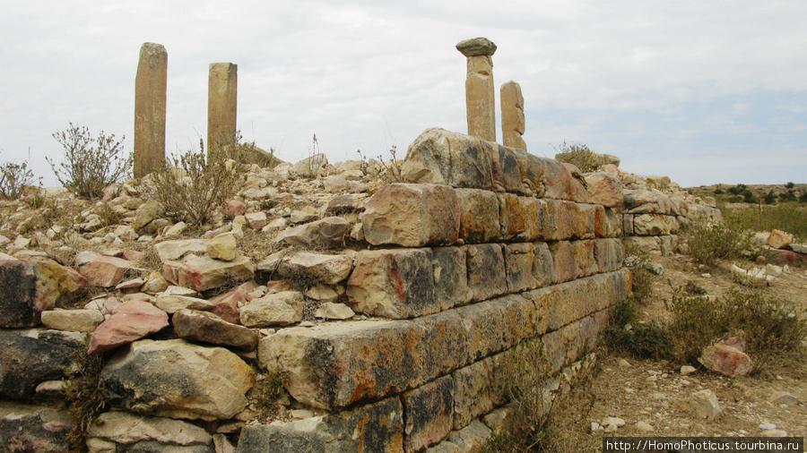 Развалины храма Мариам Уа