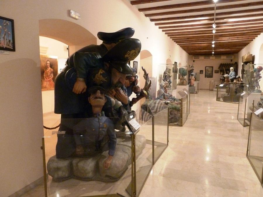 В залах музея