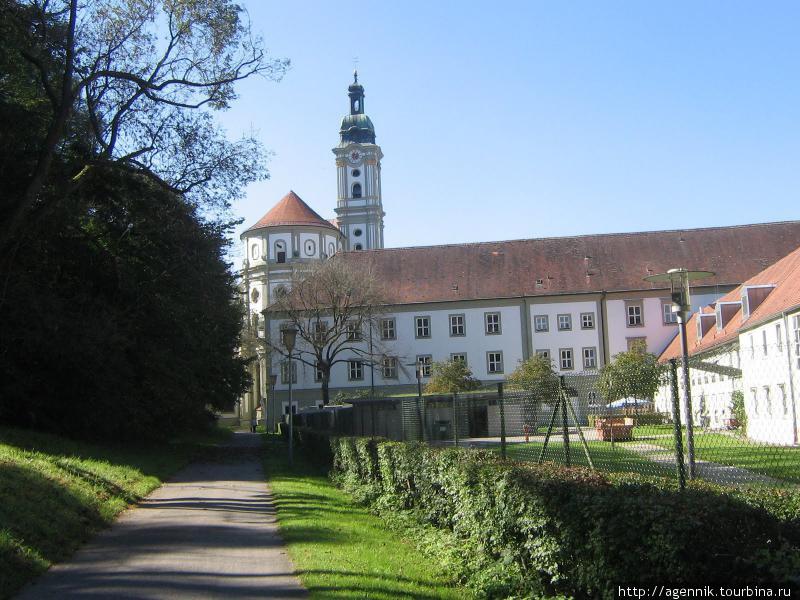 Бывший монастырь цистерианцев