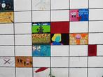 Стена с детскими рисунками в Vefa Lisesi.