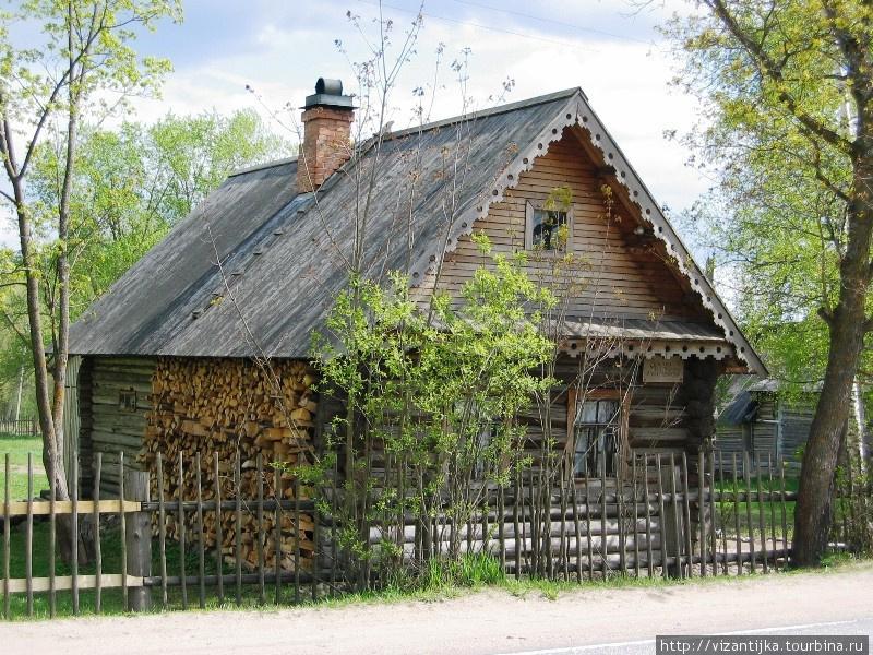 2011г. Дом-музей, вид сбоку.