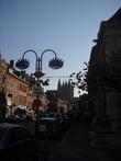 Характерный силуэт собора возвышается над городом