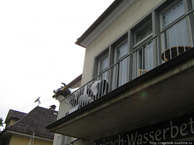 На балконе греческого ресторана