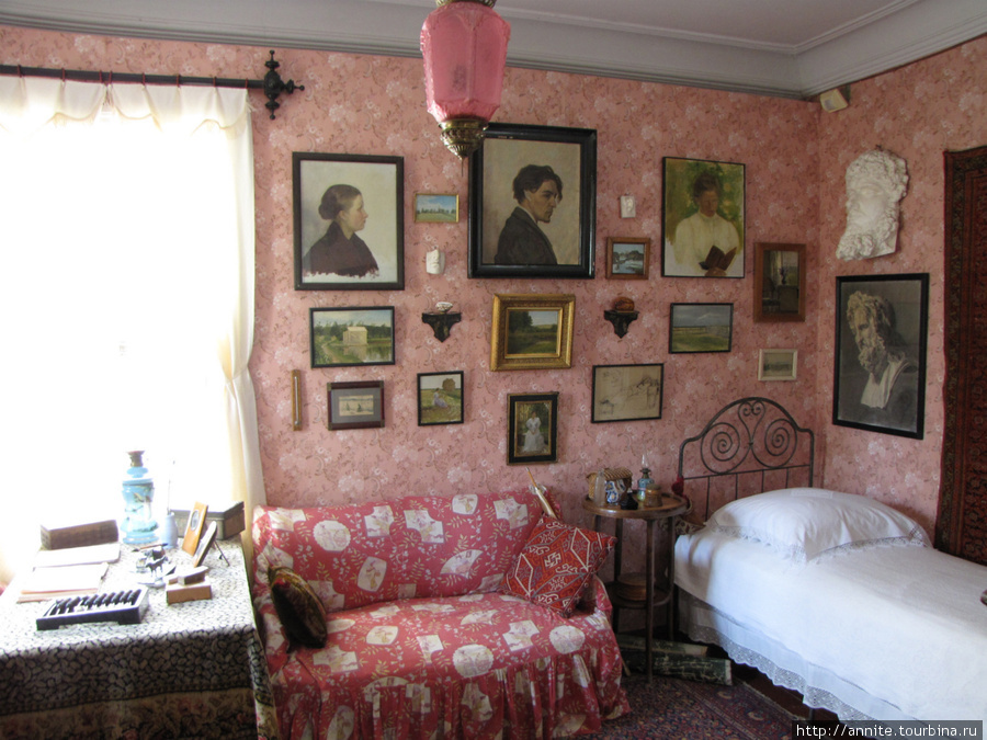 Комната М. П.Чеховой.