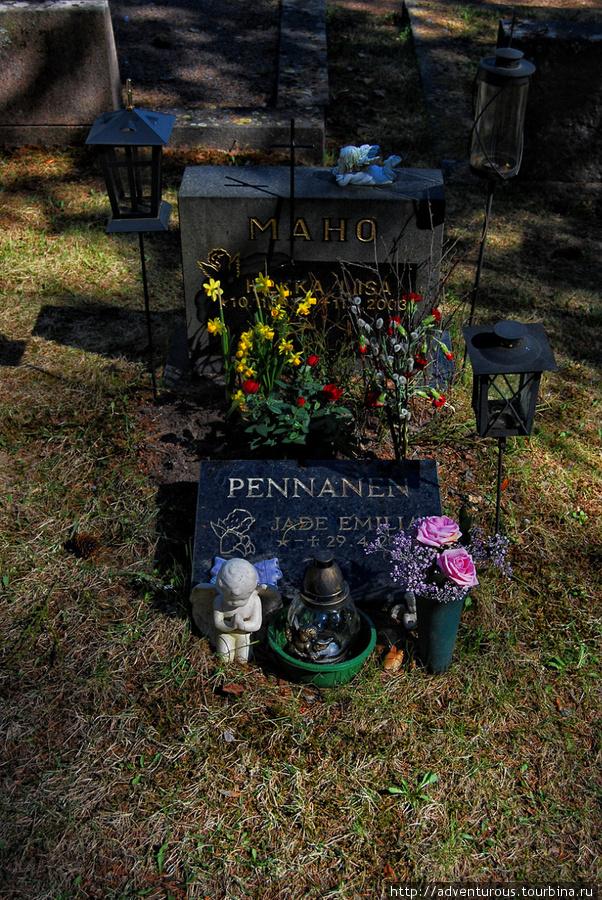 Кладбищенский декор