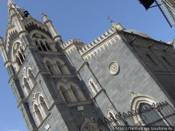 Церковь Св.Марии в латинском квартале.