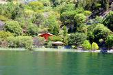 Берег озера Атитлан