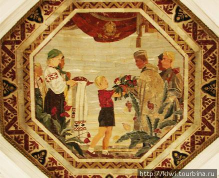 Флорентийская мозаика на станции Белорусская
