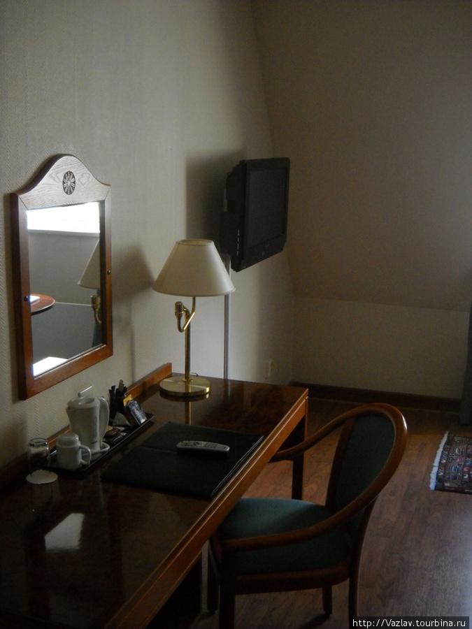Обстановка комнаты