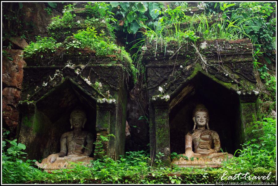 Статуи, спрятанные в горе