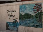 Настало время для знакомства с остальным городом. Здесь живут, торгуют, рисуют на стенах.