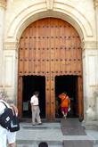 Вход в церковь Святого Доминика в Оахаке