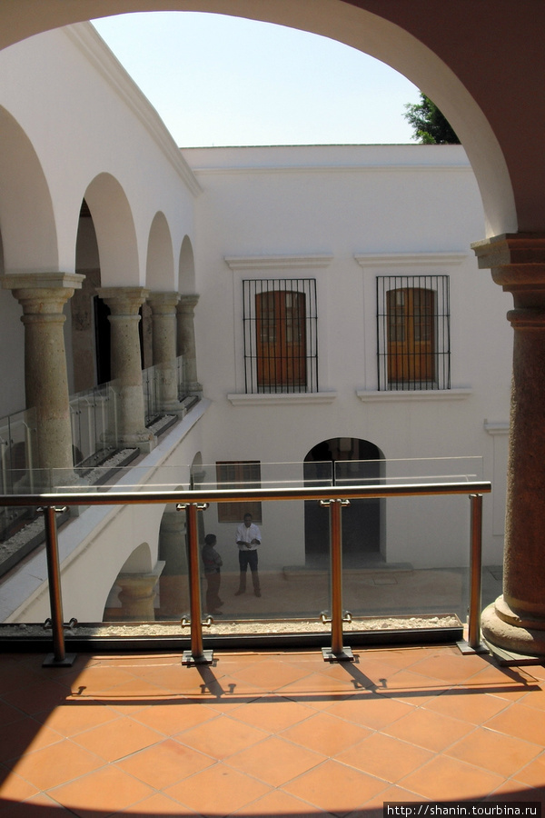 В музее современного искусства в Оахаке Оахака, Мексика