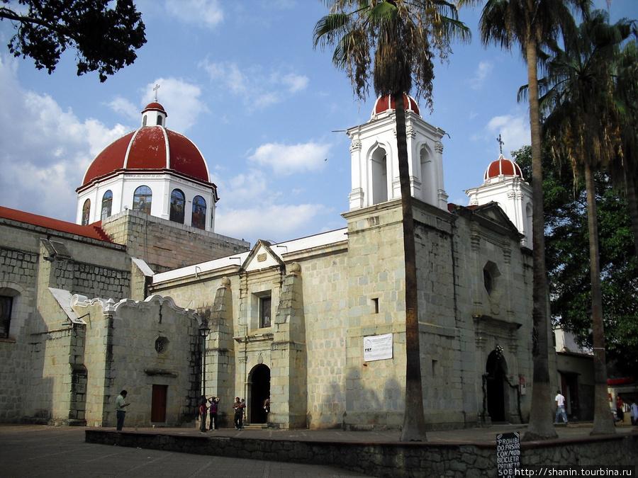 Церковь Девы Марии Гваделупской в Оахаке Оахака, Мексика