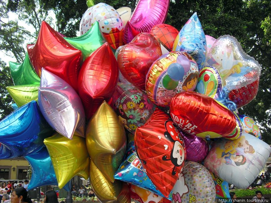 Разноцветные шарики Оахака, Мексика