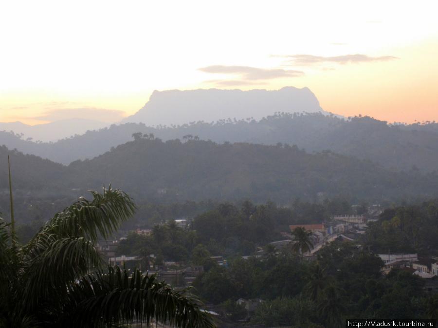 Гора Эль-Юнке