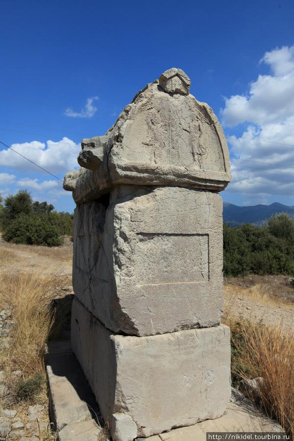 гробницы Ксантос