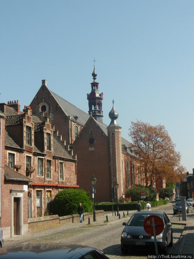 Церковь Св. Елизаветы Гент, Бельгия