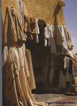 Рынок.Одежда жителей пустыни. В основном из верблюжьей шерсти