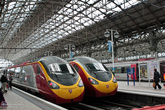 Вокзал Манчестера и скоростные поезда.