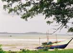 Вид на бухту Велигама с южной оконечности.