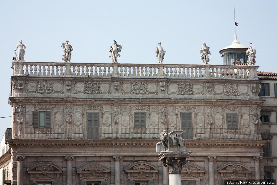 Дворец Маффеи (Palazzo Ma
