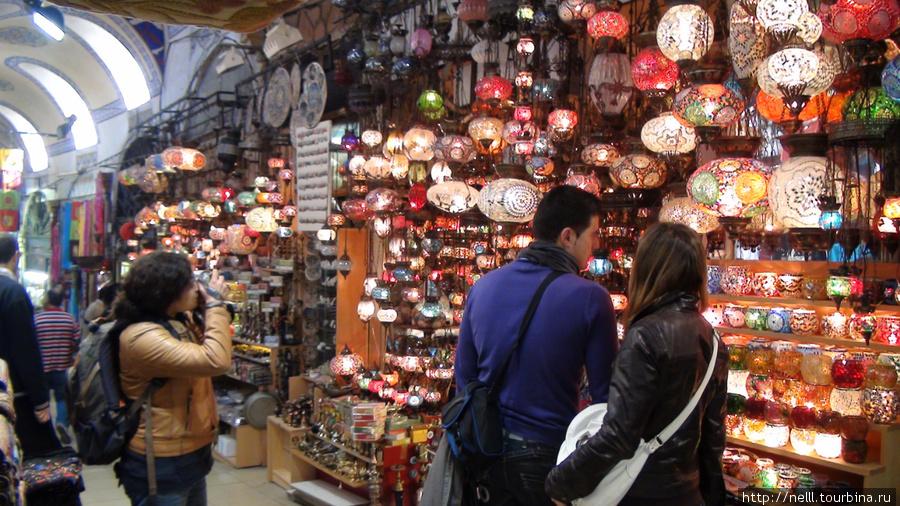 Лампы можно выбрать на Большом базаре.