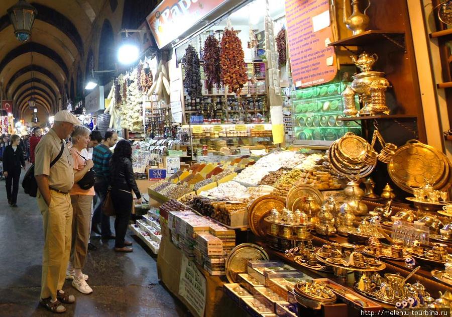Лампы Алладина на египетском рынке