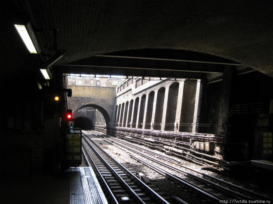 Лондонская подземка — станция Bayswater