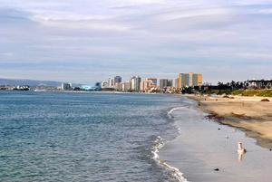Пляж, океан и даунтаун