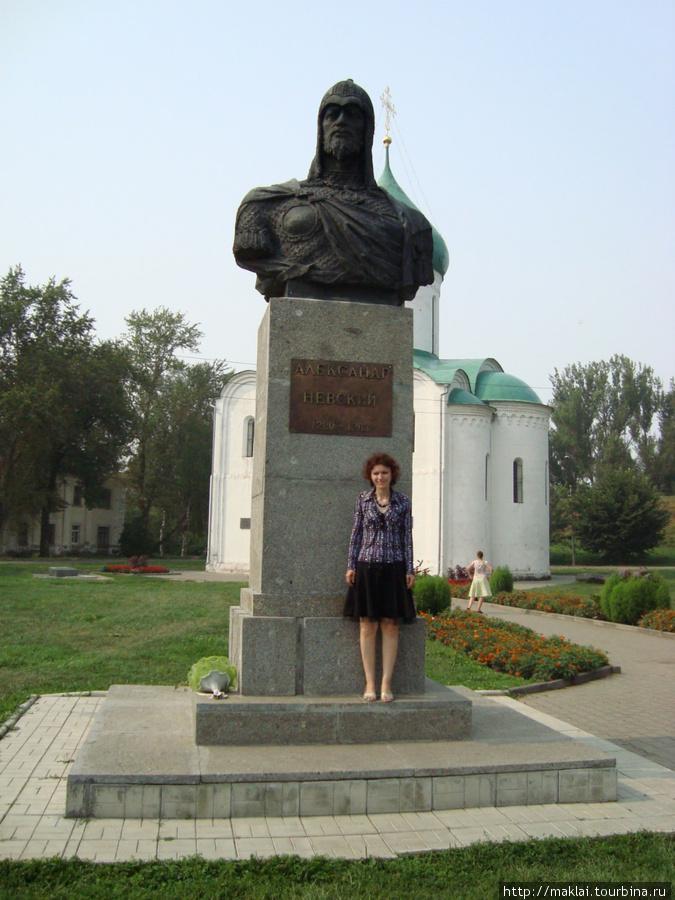 Переславль Залесский. Памятник А.Невскому.