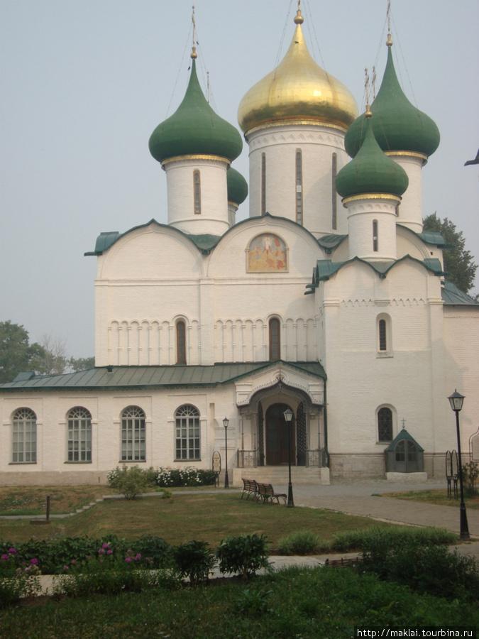 Суздаль. Спасо-Ефимьевский монастырь. Спасо-Преображенский собор.