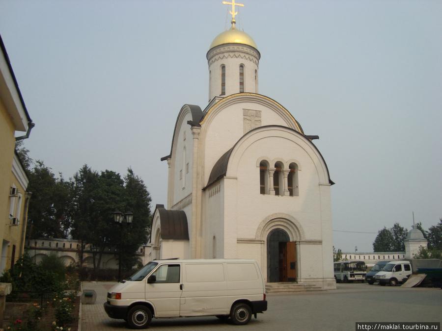 Владимир. Рождественский монастырь. Собор Рождества Богородицы.