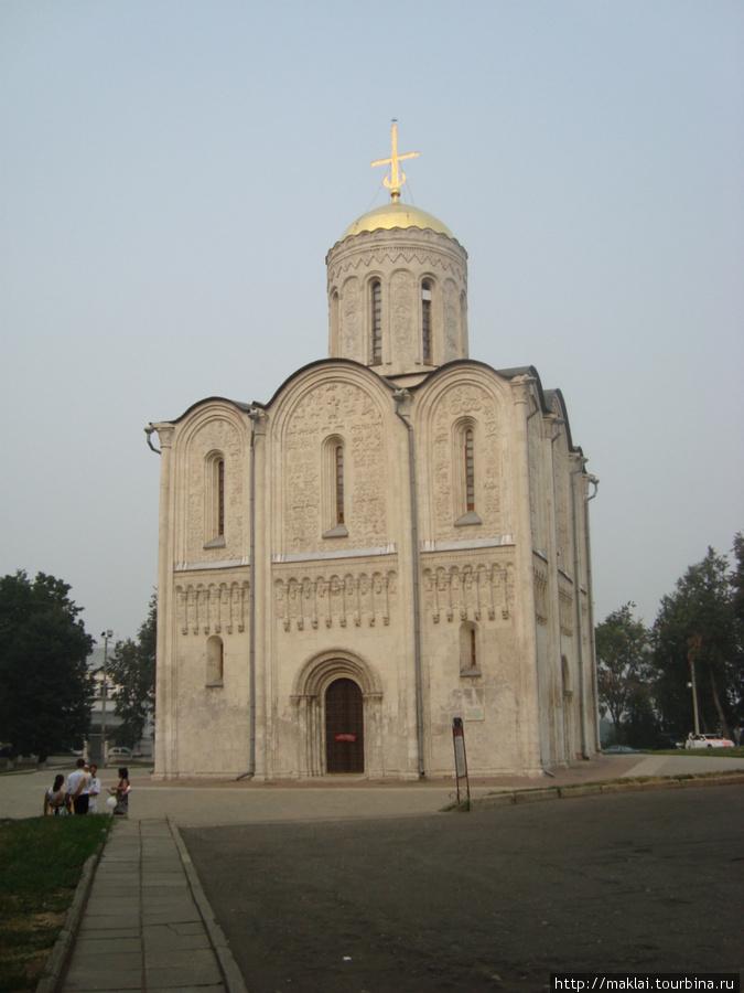 Владимир. Дмитриевский собор.