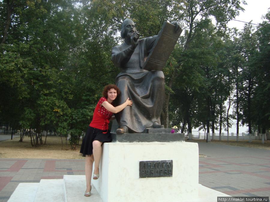 Владимир. Памятник А.Рублёву.