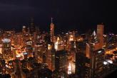 А это уже даунтаун с Willis Tower. В центре с сине-красным шпилем — Хэнкокцентр, с которого были сняты предыдущие фото.